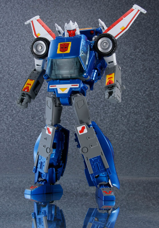 Transformers-Masterpiece-MP-25-Tracks